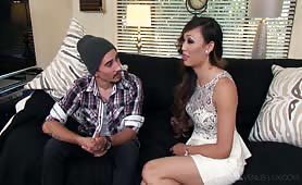 Venus Lux Showing Him The Ropes